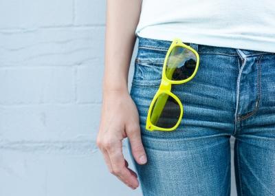 jeans_sunglass.jpeg